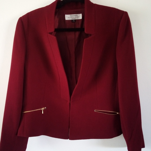 Tahari Jackets & Blazers - Brand New Tahari Blazer
